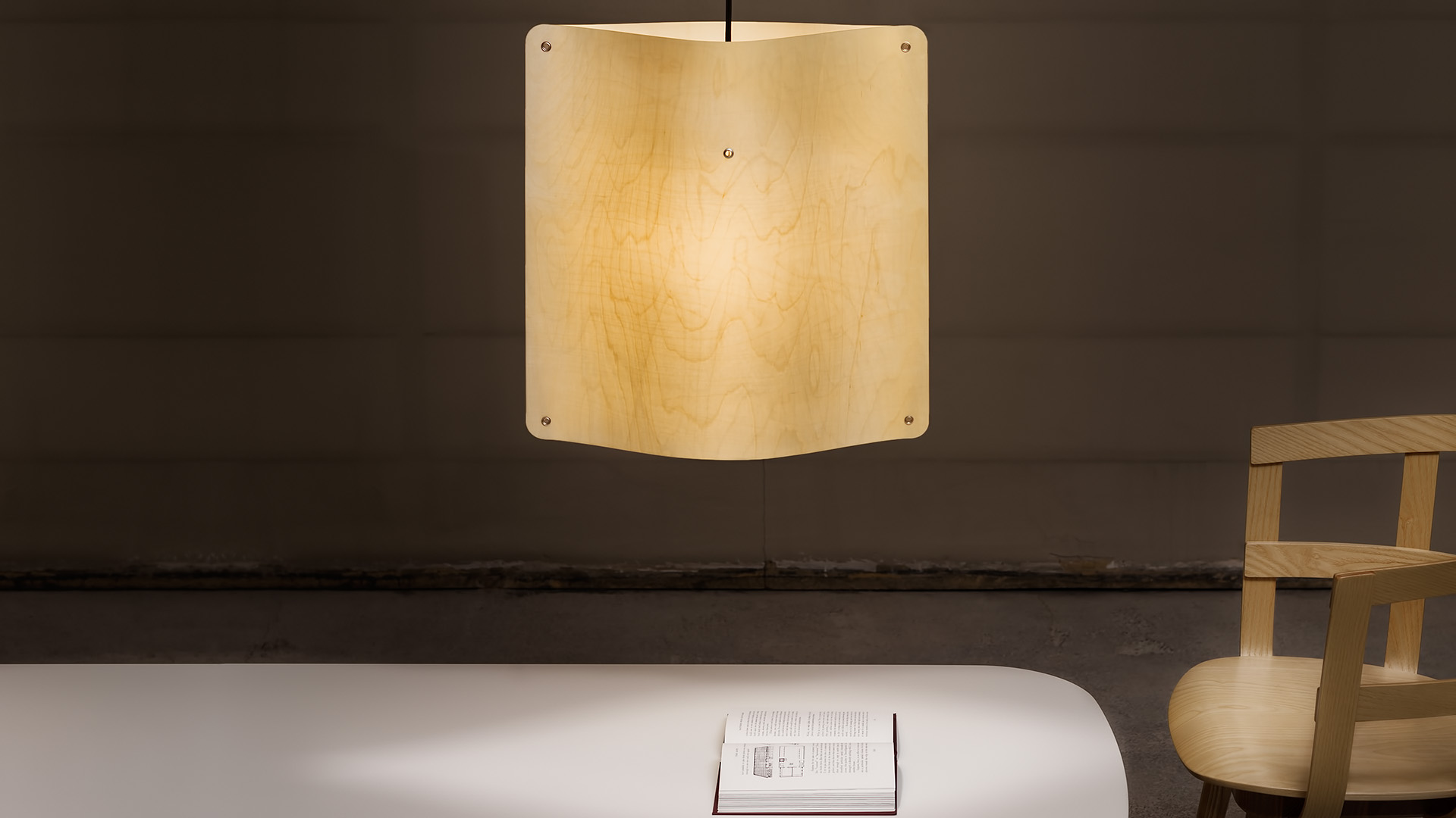 Finomlights®_Square_pendant_small_SPL_interior3_Photo Pekka Kiirala_Vesmanen